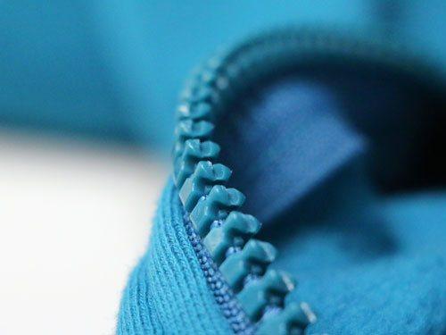 Blauer Profilreißverschluss